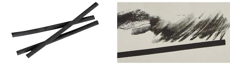 Ramas de carboncillo y trazos de carboncillo